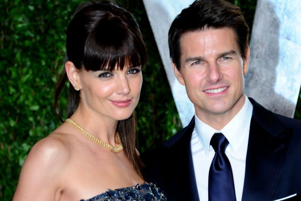 Tom Cruise's lawyer in no rush to file divorce papers