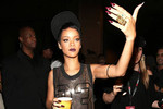 Man arrested for creeping on Rihanna's Roof
