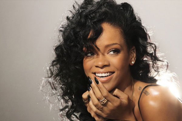 Rihanna most-viewed YouTube.com artist