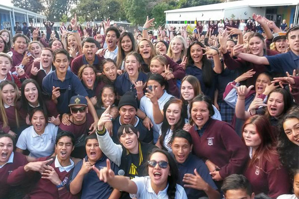 Video: #maiHSH with Donell Lewis + Deach - Te Puke High School