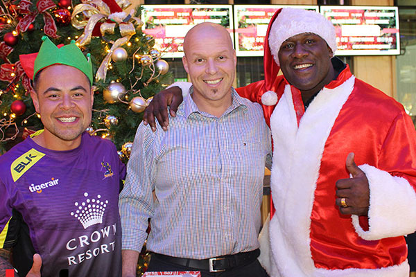 Mai Secret Santa with Wendell Sailor and Nickson the Elf