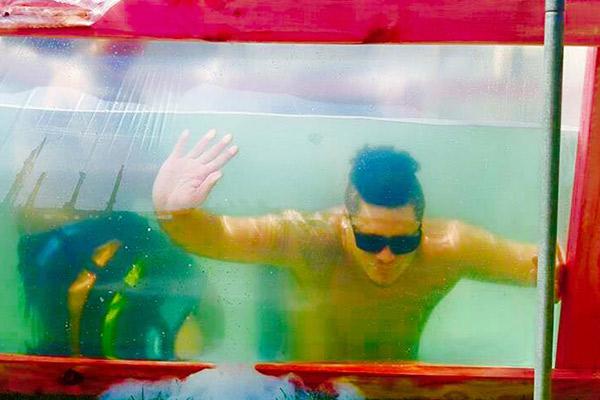 Kiwi lads build their own epic swimming pool