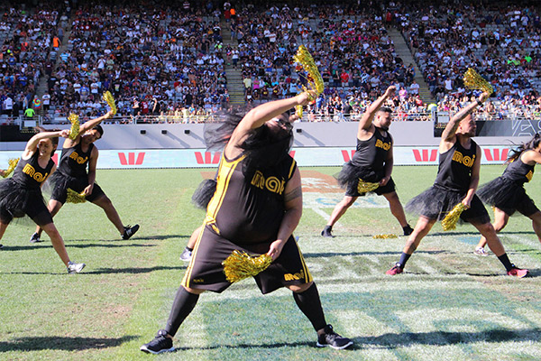 Watch the Mai Morning Crew Churleaders perform at the NRL Auckland Nines