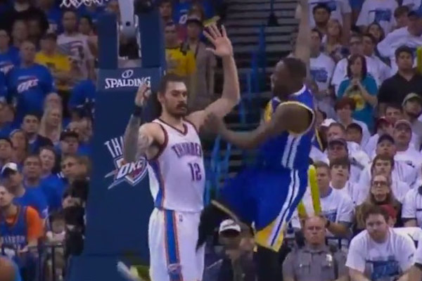Draymond Green not suspended for kicking Steven Adams