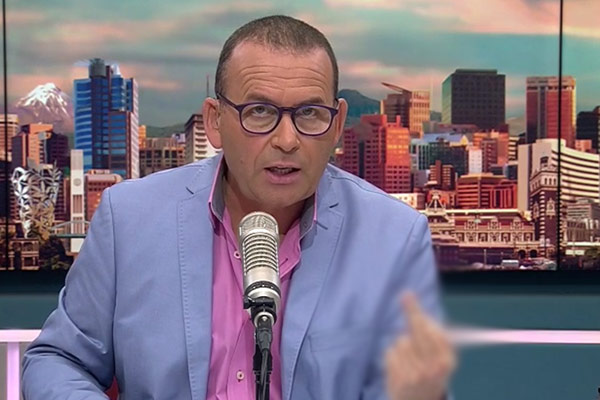 VIDEO: Paul Henry flips out live on air