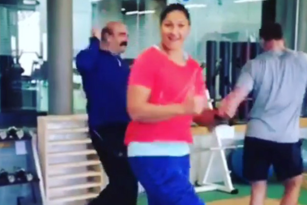 Valerie Adams wraps up training with the #RunningManChallenge