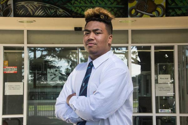 South Auckland Teen breaks down suburb stereotypes with this powerful letter.