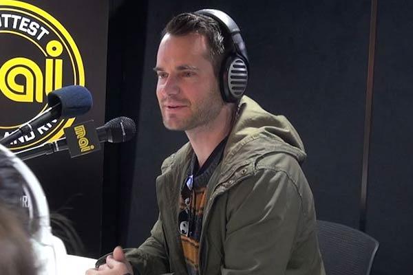 David de Lautour talks about having sex on camera