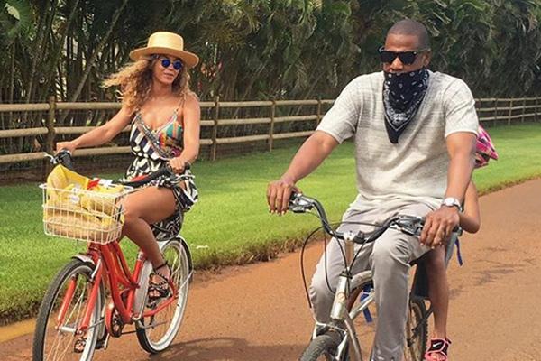 Beyonce and Jay Z's Hawaiian getaway