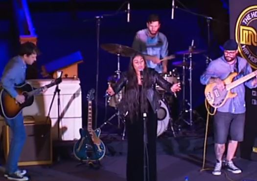 WATCH: Aaradhna's beautiful performance for Auckland City Mission